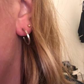 Julie Nielsdotter øreringe i Sterling sølv