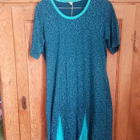 Helt ny kjole fra Nepalaya - fairtrade produkt i det lækreste bomuld