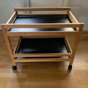 Flot Børge Mogensen serveringsbord model 5370