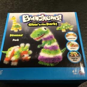 Æske af det populære Bunchems  - Dinosaur sælges Æsken er ny og har ikke været åbnet