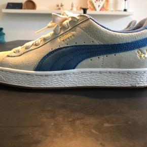 Puma Suede Classic x Bobbito Garcia sælges. KUN brugt 3 gange og er som nye!  Unisex sko.