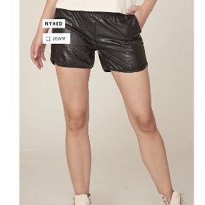 Nü Denmark shorts