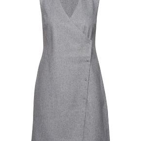 Sælger denne uld kjole fra 2nd Day, fejlkøb