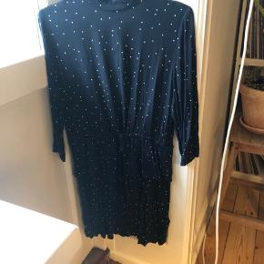 Ganni kjole brugt 2 gang.  BYD