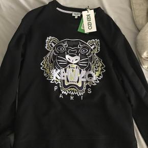 Sælger denne super fede kenzo sweatshirt da jeg ikke får den brugt.