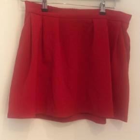 Sød nederdel med lommer