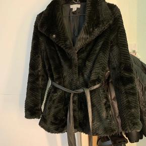 H&M pels- & skindjakke