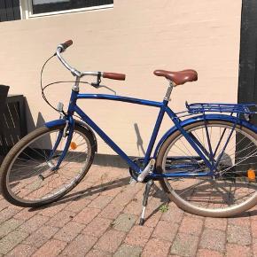 Blå herrecykel  7 gear  28 ?  Mærke: Mustang  Model: Christian   Kvittering haves - købt i 2018   Sælges da jeg har købt en anden cykel.