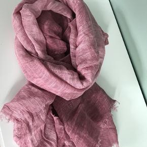 Oska tørklæde