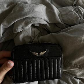 Sælger min Zadig&Voltaire pung da jeg ikke får den brugt nok🌸 køber betaler selv fragt 💌