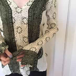 Fin tunika i silke