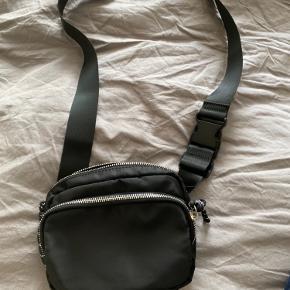 Taske fra Even & Odd L 18 H 16 B 5 Aldrig brugt