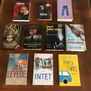 Jeg sælger disse bøger. De er alle kun læst en enkel gang.  De to vildheks bøger - 5kr stk. (begge solgt) Piger i jeans - 5kr Zam - 15kr (solgt)  Skammerens datter - 20kr (solgt) De to jussi adler-olsen - 40kr stk. Jeg levede - 40kr Alt eller intet - 50 kr Papertowns - 50kr (solgt) Eller køb dem alle for 150kr Jeg sender gerne