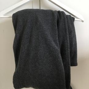 Karmameju buksedragt