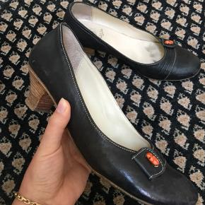 Nypris: 1.100 Fin italiensk sko.