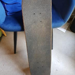 Skateboard fra Habitat købt i Skatehouse. Slidt, men godt.