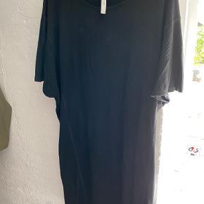 GAI+LISVA kjole