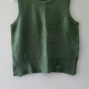 Moss Copenhagen vest