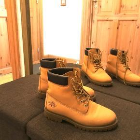 Cool halv støvle, se billeder