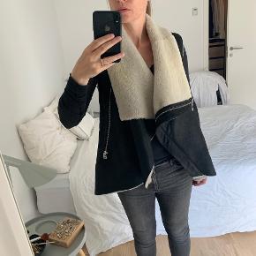 Anne Vest Pels- & skindjakke
