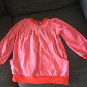 Rigtig fin bluse fra Molo. Meget pæn stand.