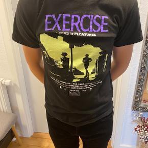Pleasures t-shirt