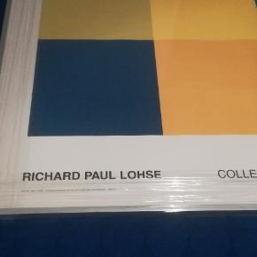 Kunstmaler Richard Paul Lohse.  Størrelse 97 cm X 105 cm. Plakaten er set hos Posterland til 469 kr alene. Hertil kommer glasrammen. Den er lige blevet professionelt indrammet i glas ramme (Er endnu pakket i plastic). Prisen er for plakat i ramme. Jeg har en anden Lohse til salg og de kan købes samlet til 1325 kr