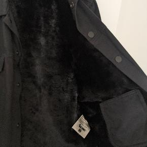 acne studios jam bat denim jacket  str 52 fitter 183 cond 07/10 - ingen flaws  pris 1200