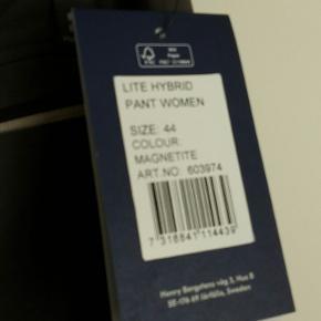 Lite hybrid pants women magnetite   Købspris 849kr