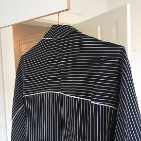 Stribet kimono fra H&m trend. Str. 36 ( oversized )