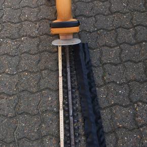 Hækklipper med sværlængde på 55cm Skal afhentes i Vejen