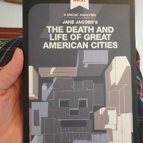 The death and life of great American cities af jane jacobs. Evt. Til den arkitektstuderende.  Der er flere bøger til salg på min profil(: