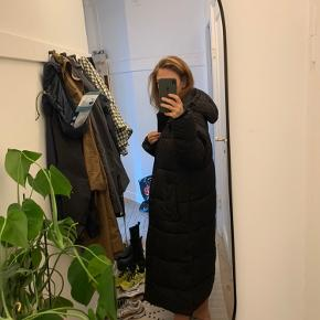 Super lækkert jakke fra sidste år, købt i december.  Nypris 1400