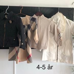 Ægte Burberry tøj i str 4-5 år . Kjole 350kr pp, sorte jakke 500kr