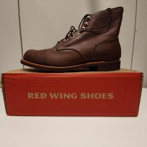 Red Wing 8111 us11.5 euro 45 Amber harness  Ikonisk støvle fra Amerikanske Red Wing, håndlavede støvler i høj kvalitet.  Prisen er fast