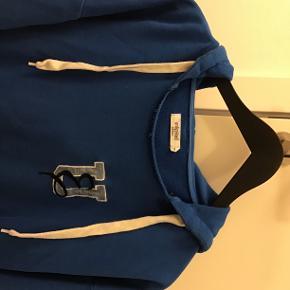 Unlimited Edition sweatshirt, rigtig fin og kun brugt ganske kort, lidt oversize i str, nypris 900,-