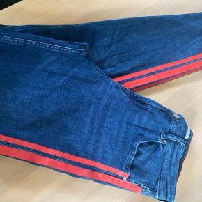 Zara jeans næsten som nye
