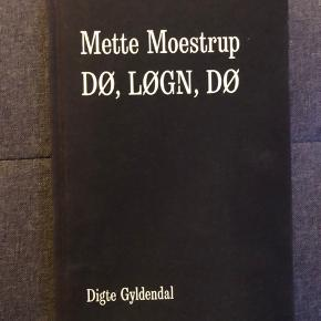 Forlaget skriver: Mette Moestrups nye store digtsamling Dø, løgn, dø er en eksistentiel og eksperimenterende digtsamling om hvidhed, penge, magt, forgængelighed, kærlighed, moderskab, myte, køn, sorg og fællesskab. Originalpris på Arnold busck lige nu er 229 kr 🙂