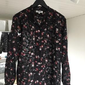 Lækker blomstret skjorte/bluse🌼   #30dayssellout