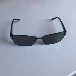 Solbriller fra Prego, Np 900kr. Ikke brugt medfølger itoi pose