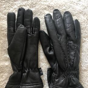 Ægte læder handsker vinter handsker fra Bertoni str 9 brugt 2 gange fejler intet stadig som ny dufter stadig som læder