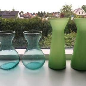 Hyacintglas. Kan også bruges som alm. vaser  4 for 100kr pp og gebyr 2 ens for 60kr pp og gebyr