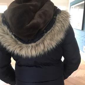 Sælger denne lækkere jakke fra Ralph Lauren, da jeg ikke gå med den.  Håber på en god handel #30dayssellout