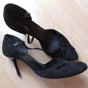 Læder sko, STR.39 Kom med et bud