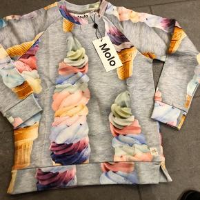 Skøn ny t shirt str 128, mp 250