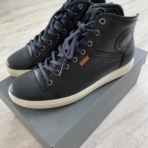 Lækre bløde sko fra Ecco - model Soft 7 Ladies.. Brugt en gang..
