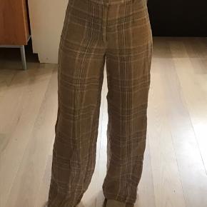 Løse hør-lignende bukser Kun brugt en enkelt gang