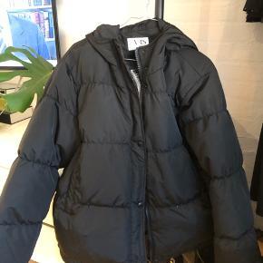 Dejlig jakke fra VRS Aldrig brugt