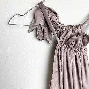 Emm Copenhagen støvet lys lilla tie top i polyester