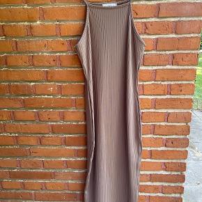 Rebecca Stella kjole